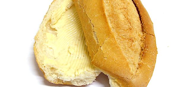 Masło versus margaryna? Część I: nasycone kwasy tłuszczowe i tłuszcze trans