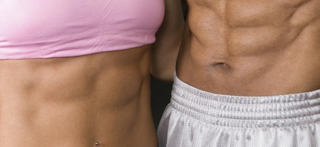 Trening brzucha w domowych warunkach. Ćwiczenia na płaski brzuch