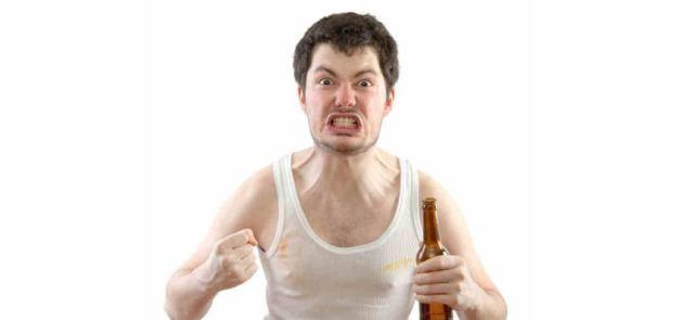 Alkohol zwiększa poziom testosteronu