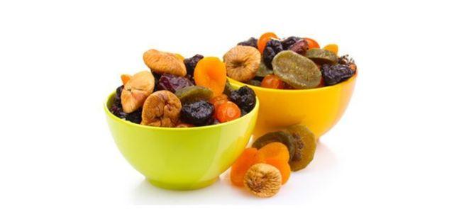 Owoce, warzywa i herbata zmniejszają ryzyko raka płuc u palaczy