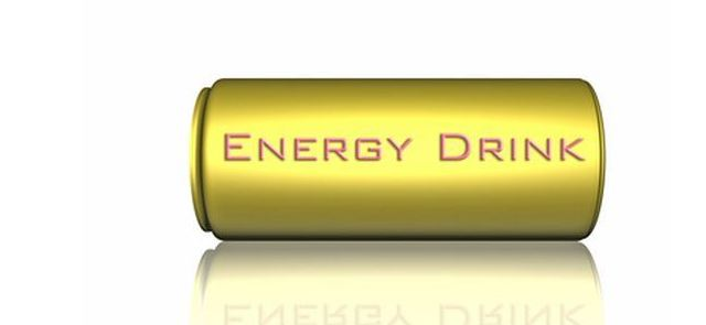 Czym się różni napój energetyczny od napoju izotonicznego?