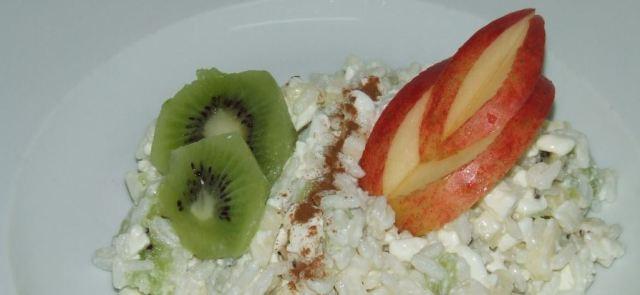 Ryż z owocami i jogurtem