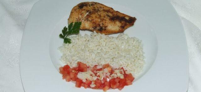 Pieczona pierś z kurczaka z pomidorami