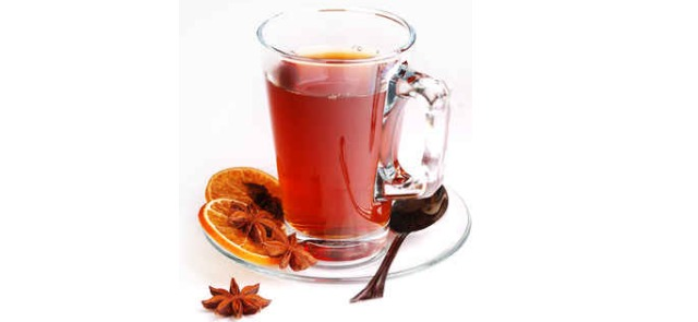 Sześć prostych pomysłów na dietetyczne napoje rozgrzewające