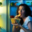 Nocne podjadanie – przyzwyczajenie czy choroba?