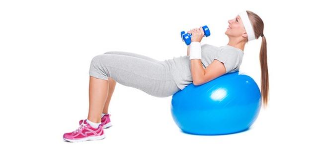 SIEDEM rzeczy które musisz zabrać na trening!