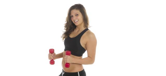 Pięć powodów, dla których kobiety powinny ćwiczyć na siłowni
