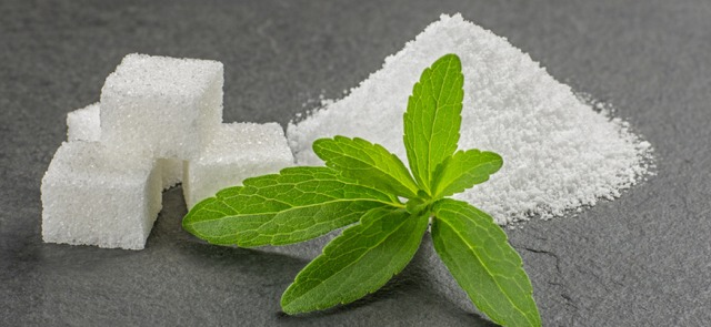 What to choose: sugar or a sweetener?