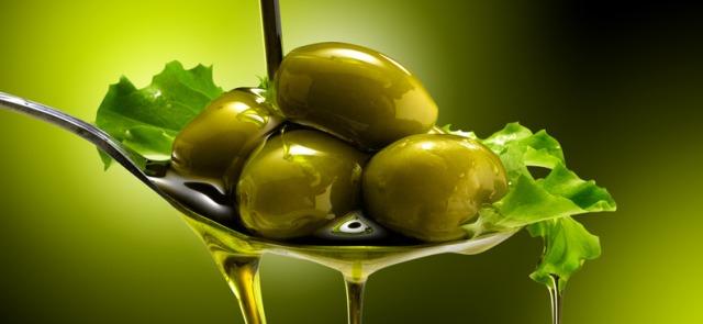 Cztery mity na temat oliwy z oliwek