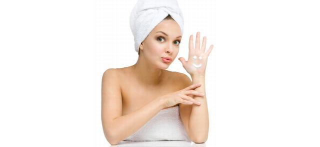 Jak naprawdę działają składniki kremów do twarzy i balsamów do ciała?