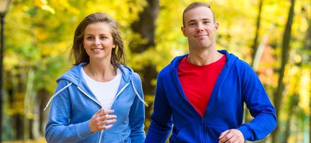 Czy warto trenować jesienią i zimą? Jak uniknąć infekcji?