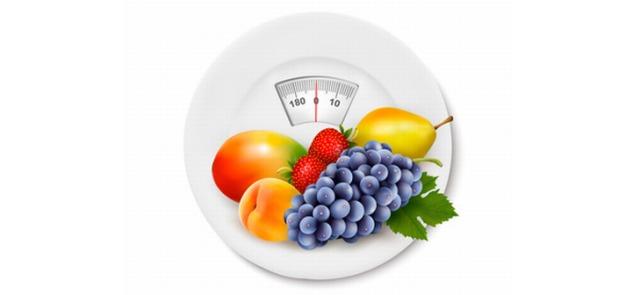 W jaki sposób regularna konsumpcja owoców wspomagać może odchudzanie?