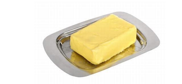Pięć powodów, dla których lepiej wybrać masło niż margarynę
