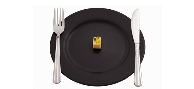Sztuczki, które sprawią, że zjesz mniej