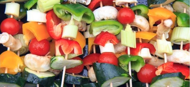 Letni jadłospis – o czym warto pamiętać?