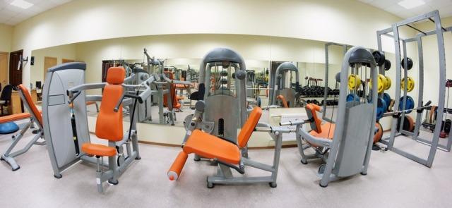 Trenujesz na siłowni? Tych zasad powinieneś przestrzegać