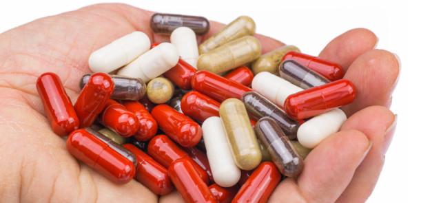 Które składniki  utrudniają wchłanianie leków?