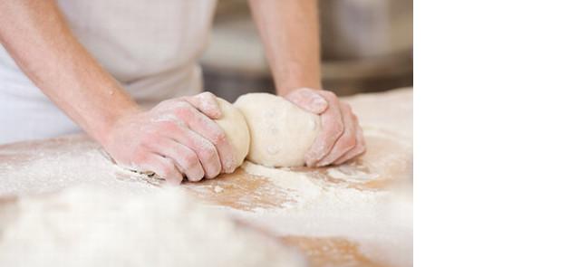 Szukasz dobrego jakościowo pieczywa? Zrób je sam!