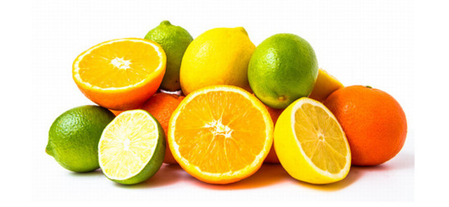Owoce cytrusowe zmniejszają negatywny wpływ świątecznej diety na sylwetkę