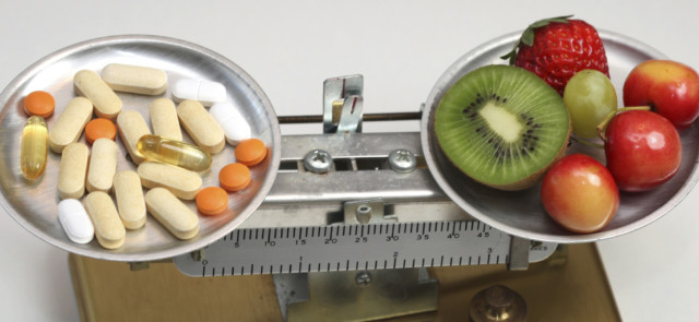 Czy suplementy mogą zastąpić dietę?