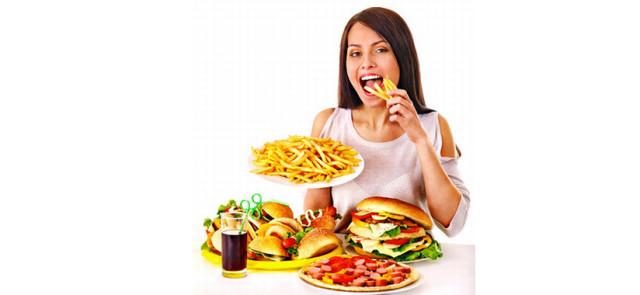 Śmieciowe jedzenie – nie tylko uzależnia