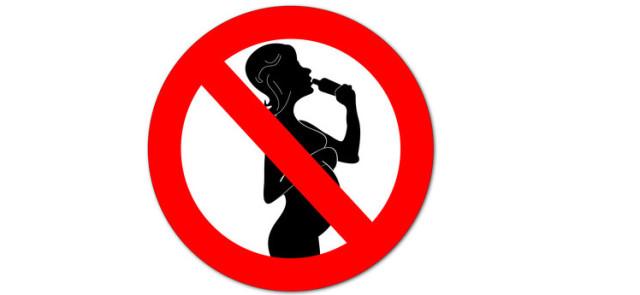 Czego kobieta w ciąży spożywać nie powinna?