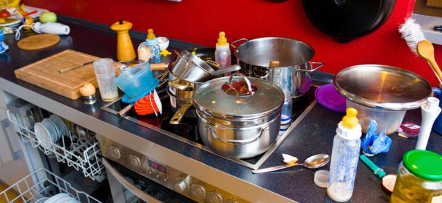 Jak w prosty sposób kontrolować bałagan w kuchni?