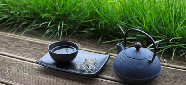 Pijesz dużo herbaty? Uważaj na niedobory żelaza!