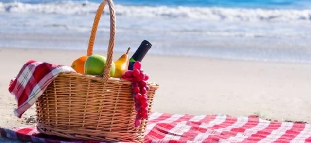 Przygotowywanie posiłków latem – praktyczne wskazówki