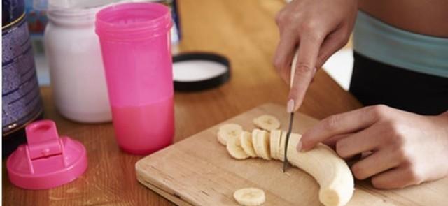 Intermittent fasting a posiłek przedtreningowy – jeść czy nie jeść?