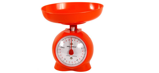 Kitchen scales and other gadgets, which are useful during diet