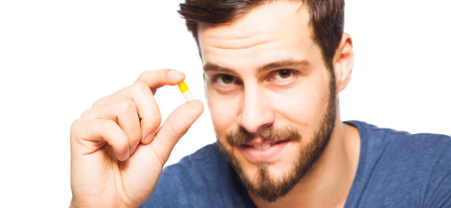 Bierzesz antybiotyk? Zadbaj o swoją dietę