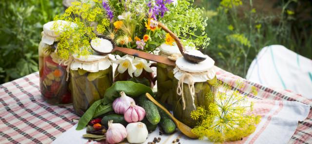 Oryginalne pomysły na kiszone warzywa, o których się nie mówi