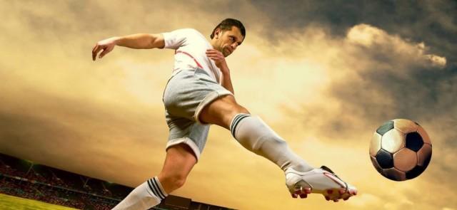 Piłkarze wykorzystujący przysiady, biegają szybciej i wyżej skaczą