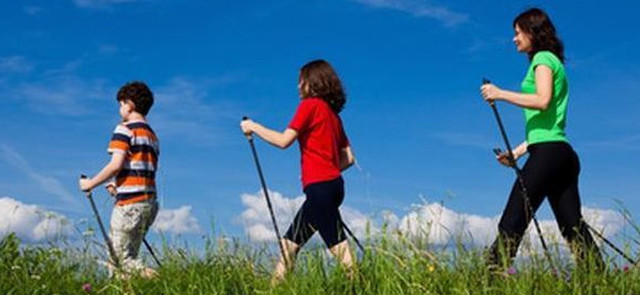 Nordic walking skutecznie odchudza, aerobik w wodzie … nie