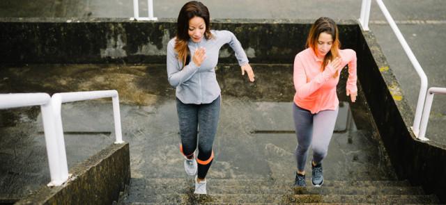 Jak trenować na schodach?
