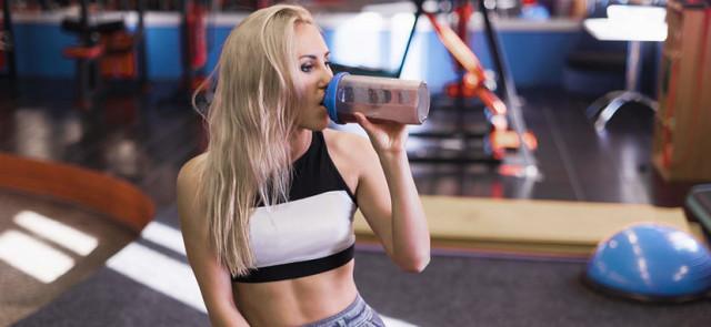 Czy odżywka białkowa wpływa na wyniki sportowe?
