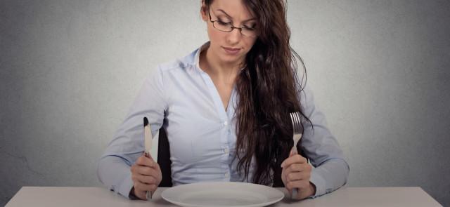 Jak wygrać z głodem? 5 sposobów walki z głodem podczas diety!
