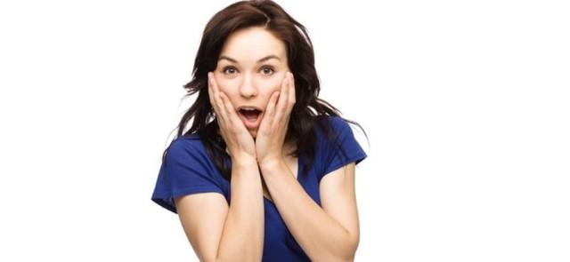 Od czego swędzi skóra? 6 przyczyn swędzącej skóry na twarzy