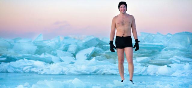 Czy kąpiele lodowe pomagają czy przeszkadzają w budowie mięśni?