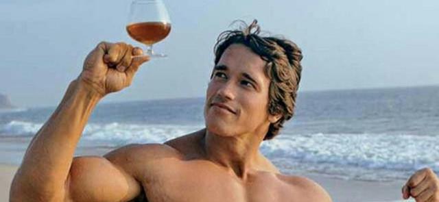 Alkohol i sylwetka:  jak osiągać efekty bez poświęcania życia towarzyskiego?