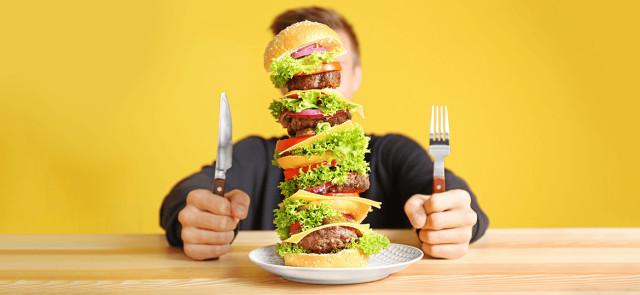Dieta 3000, 4000, 5000 kcal… Jak zmieścić tyle jedzenia?