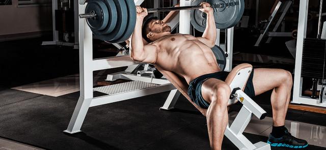 Porozmawiajmy o ilości powtórzeń i tempie w ćwiczeniach siłowych