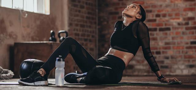 Zmęczenie i totalny brak energii  po treningu – jak temu  zaradzić?