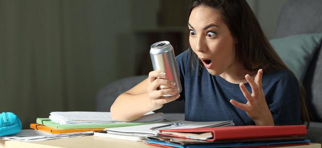 Czy słodzone napoje energetyczne niszczą serce?