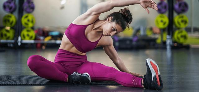 Rozciąganie statyczne przed treningiem zmniejsza siłę i moc mięśni!