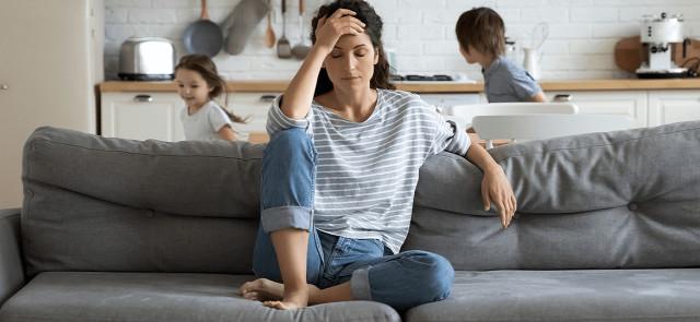 Jak stres wpływa na naszą twarz?