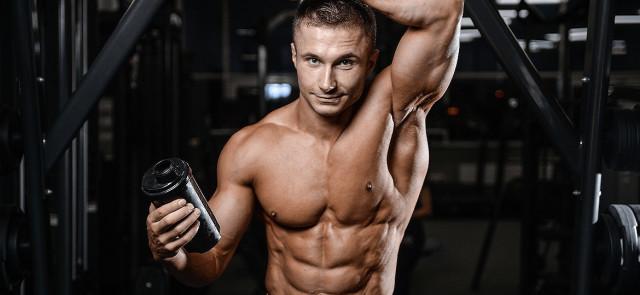 Jem dużo białka, a moje mięśnie nie rosną - dlaczego?