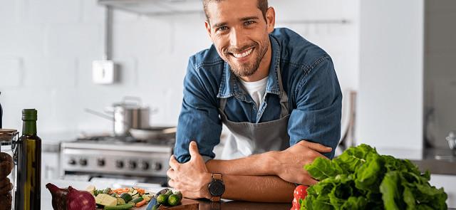 Jak przygotowywać zdrowe posiłki? Kilka porad dla początkujących