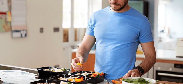Ile czasu przed planowanym wysiłkiem zjeść posiłek przedtreningowy?